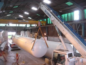 a cryogenic tank being craned by CTM Europe